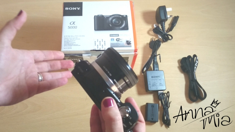 Sony A5000- unboxing από το Annamia.gr